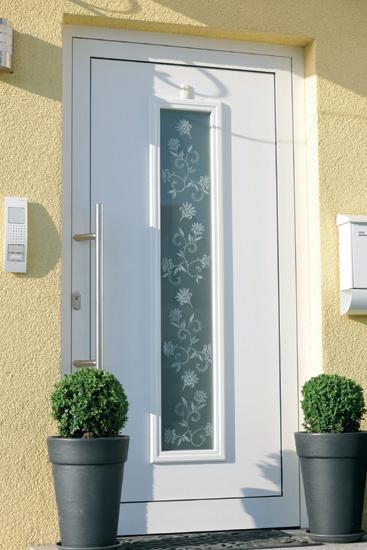 Haustüre mit Blumenranken-Glas-Tattoo