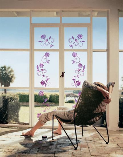 Türe mit Blumenranken-Glas-Tattoo