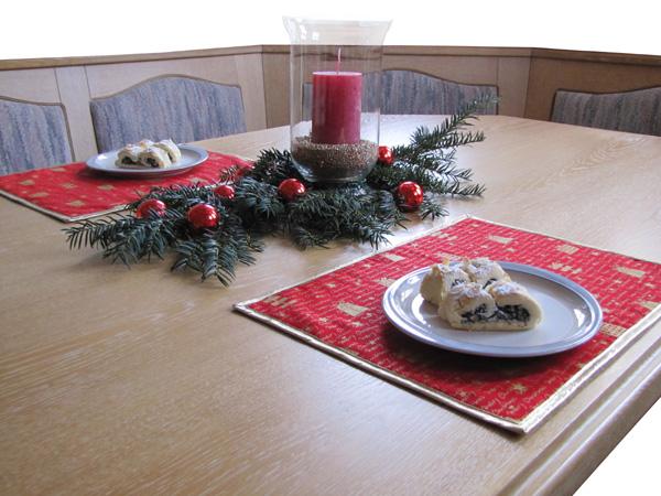 weihnachtliches tischset kostenlose n hanleitung. Black Bedroom Furniture Sets. Home Design Ideas