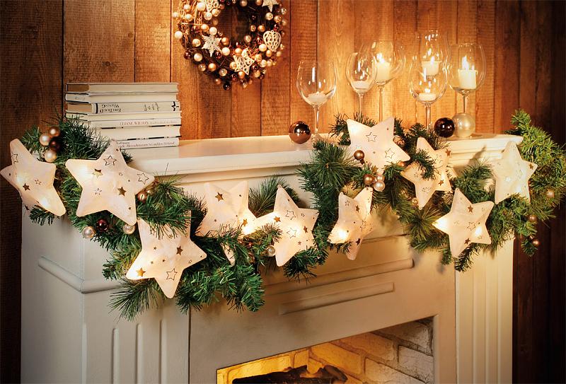 Stimmungsvolle weihnachtsgirlande mit leuchtenden sternen - Weihnachtsgirlande basteln ...