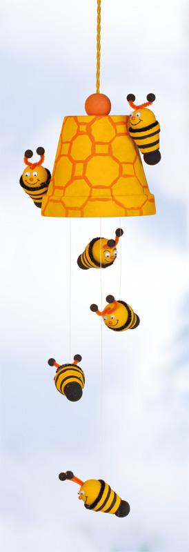 Tontopf-Mobile Bienen