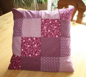 patchworkkissen und patchworktasche von sophia und celina. Black Bedroom Furniture Sets. Home Design Ideas