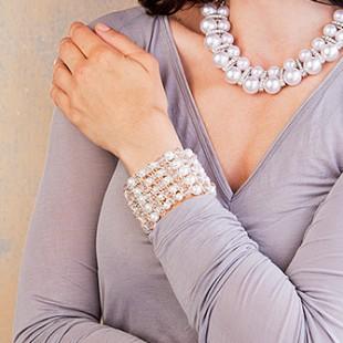 Armband mit Glasschliffperlen