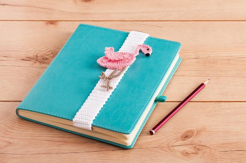 Flamingo häkeln Lesezeigen komplett mit Buch