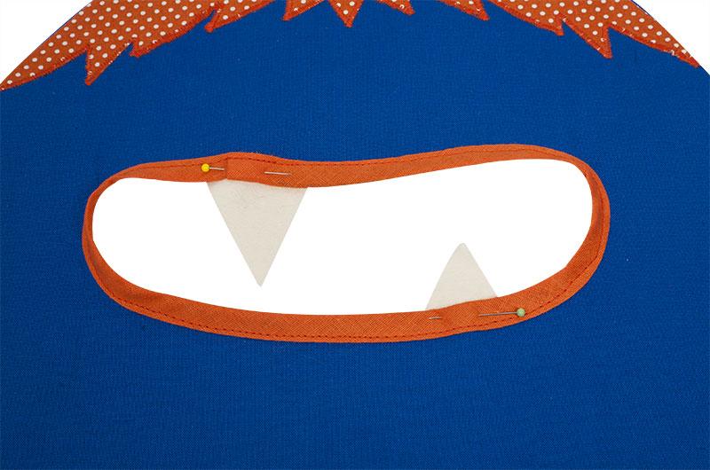 Monster-Tasche nähen - Zähne feststecken