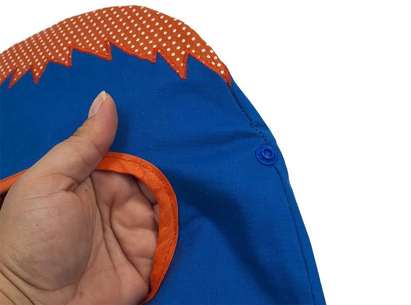 Monster-Tasche nähen - Color Snaps an der Tasche anbringen