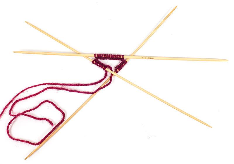 Strick-Krawatte Maschen anschlagen