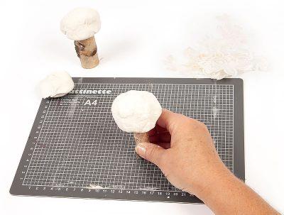Pilze aus Modelliermasse - Schritt 4