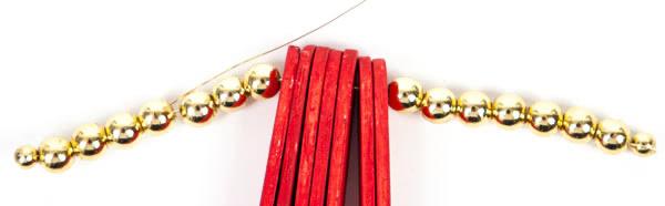 Weihnachtsdeko aus Holzstäbchen basteln - Schritt 7