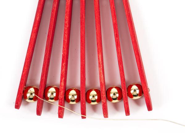 Weihnachtsdeko aus Holzstäbchen basteln - Schritt 10