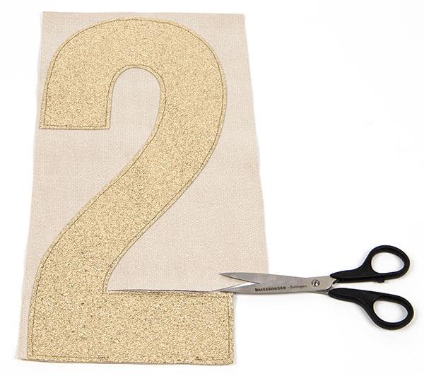 Jahreszahl-Girlande nähen - Schritt 5